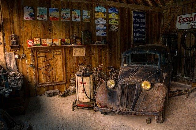 garages in UK